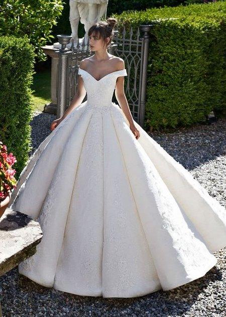 váy cưới trễ vai Say đắm với 100 mẫu thiết kế váy cưới trễ vai đẹp nhất 2020