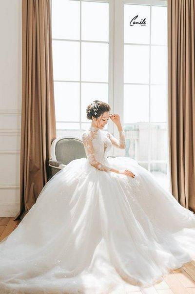 Thiết kế váy cưới 1 Say đắm với những mẫu thiết kế váy cưới 2019 đẹp của Camile Bridal