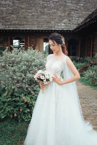 Thiết kế váy cưới 12 Say đắm với những mẫu thiết kế váy cưới 2019 đẹp của Camile Bridal