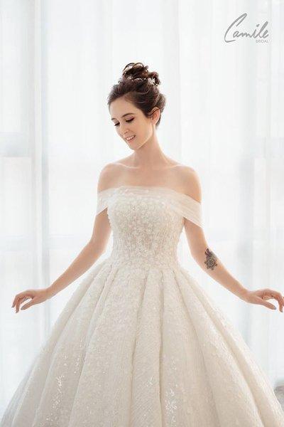 Thiết kế váy cưới 25 Say đắm với những mẫu thiết kế váy cưới 2019 đẹp của Camile Bridal