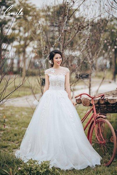 Thiết kế váy cưới 8 Say đắm với những mẫu thiết kế váy cưới 2019 đẹp của Camile Bridal