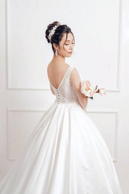 bộ sưu tập váy cưới tròn 10 Ngẩn ngơ với BST Váy cưới tròn giúp bạn trở thành công chúa trong tích tắc