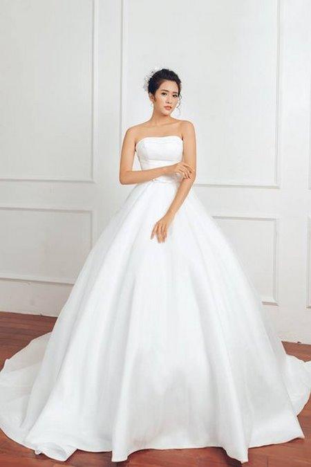 bộ sưu tập váy cưới tròn 3 Ngẩn ngơ với BST Váy cưới tròn giúp bạn trở thành công chúa trong tích tắc