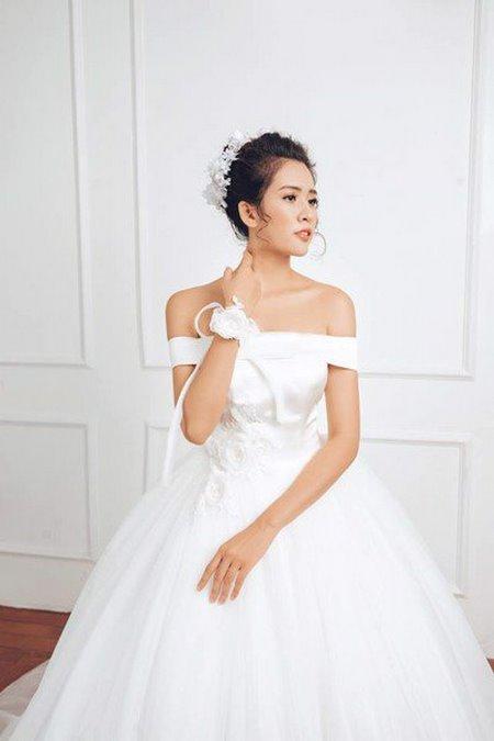 bộ sưu tập váy cưới tròn 5 Ngẩn ngơ với BST Váy cưới tròn giúp bạn trở thành công chúa trong tích tắc