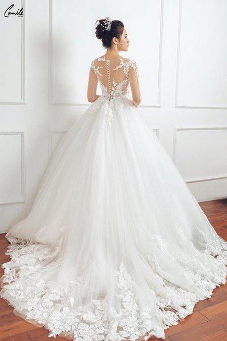 thuê váy cưới chụp ảnh 14 Dịch vụ cho thuê váy cưới chụp ảnh tại Hà Nội uy tín và chuyên nghiệp