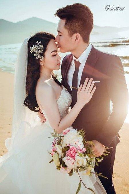 thuê váy cưới chụp ảnh 19 Dịch vụ cho thuê váy cưới chụp ảnh tại Hà Nội uy tín và chuyên nghiệp