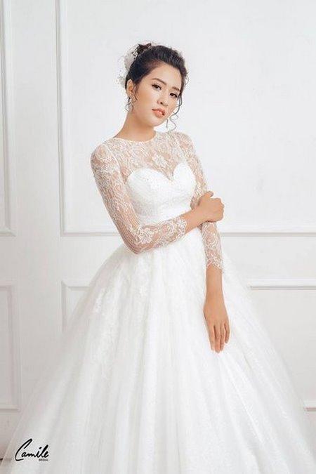 thuê váy cưới chụp ảnh 4 Dịch vụ cho thuê váy cưới chụp ảnh tại Hà Nội uy tín và chuyên nghiệp