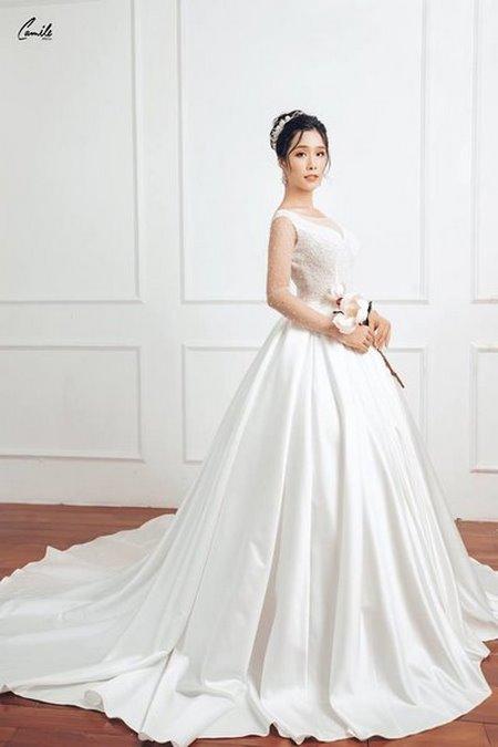 thuê váy cưới chụp ảnh 6 Dịch vụ cho thuê váy cưới chụp ảnh tại Hà Nội uy tín và chuyên nghiệp