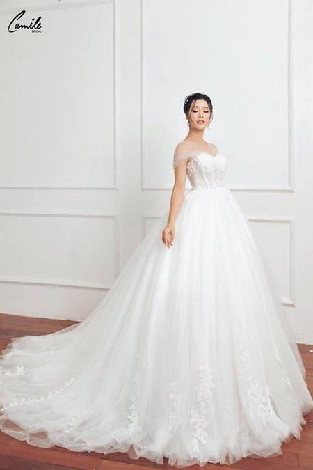 thuê váy cưới ch 7ụp ảnh Dịch vụ cho thuê váy cưới chụp ảnh tại Hà Nội uy tín và chuyên nghiệp