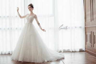 thiết kế váy cưới tay dài 4 Xinh đẹp rạng ngời với thiết kế váy cưới tay dài của Camile Bridal