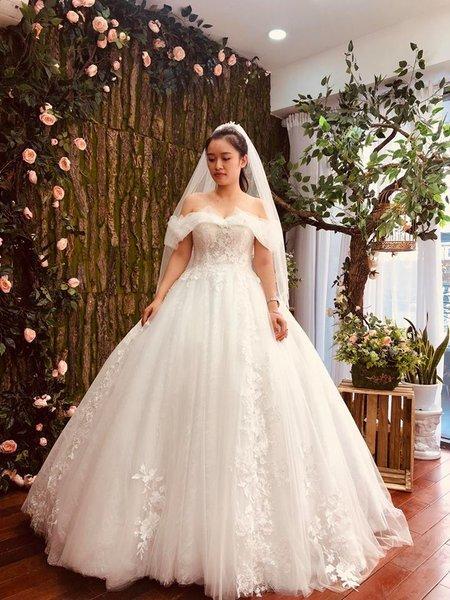 may đo thuê váy cưới 3 May đo thuê váy cưới cao cấp giá rẻ chỉ như giá thuê tại Camile Bridal