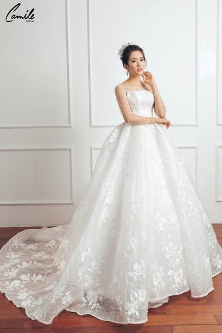 mua áo cưới  1 Mua áo cưới giá rẻ hơn thuê, sự thật có phải hay không?