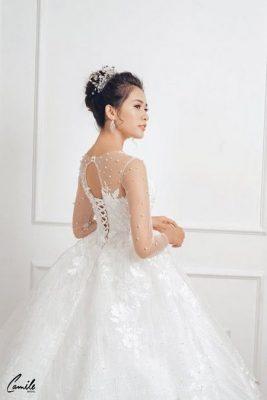 mua áo cưới 2 Mua áo cưới giá rẻ hơn thuê, sự thật có phải hay không?