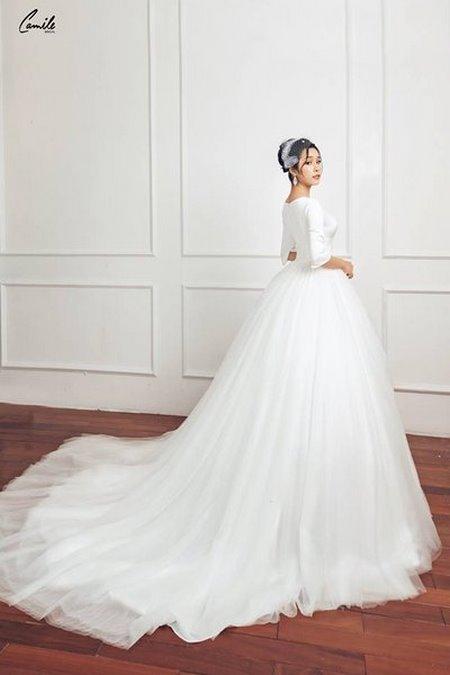 mua áo cưới 4 Mua áo cưới giá rẻ hơn thuê, sự thật có phải hay không?