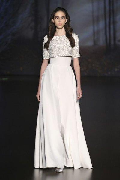 suit cưới  Top 50 mẫu suit cưới cho cô dâu cá tính, hiện đại và trẻ trung
