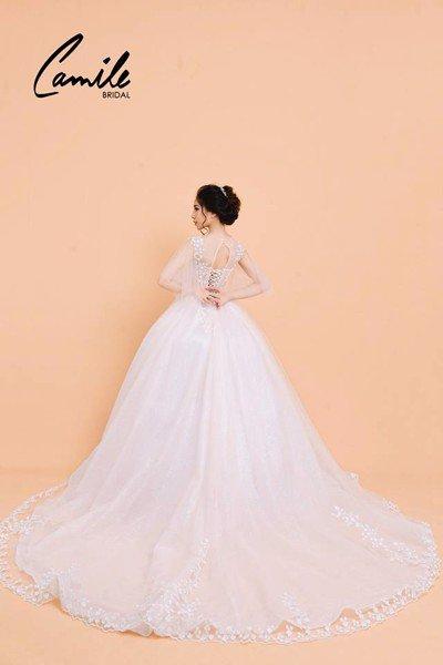 Thiết kế áo cưới 3 Mê mẩn với thiết kế áo cưới cánh tiên lộng lẫy dành riêng cho mùa Thu Đông 2018