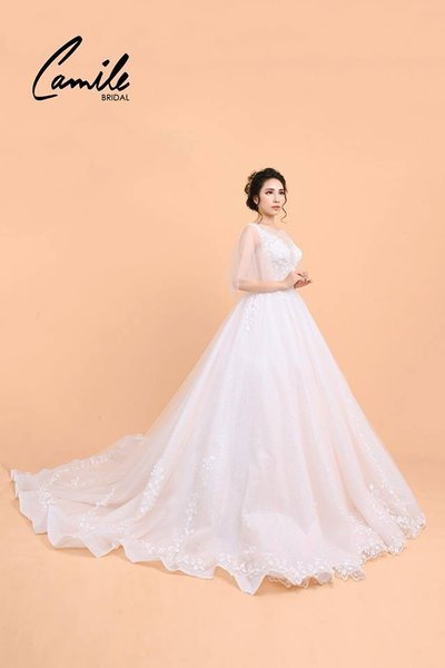 Thiết kế áo cưới 5 Mê mẩn với thiết kế áo cưới cánh tiên lộng lẫy dành riêng cho mùa Thu Đông 2018