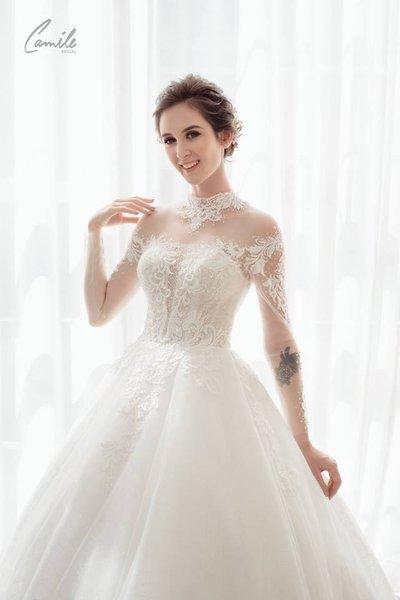 thiết kế váy cưới 5 Hóa công chúa xinh đẹp với thiết kế váy cưới Hoàng gia lộng lẫy Royal wedding dress của Camile Bridal