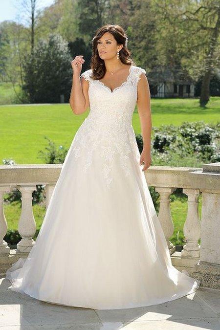 Thuê áo cưới 19 Thuê áo cưới cho cô dâu mập đẹp và rẻ nhất tại Hà Nội