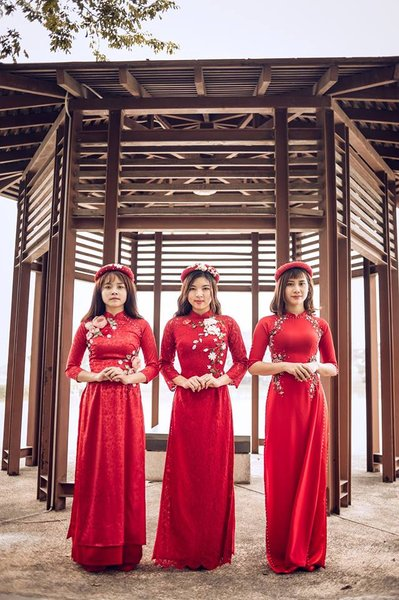 thuê áo dài cưới 1 Nên may hay thuê áo dài cưới cho ngày trọng đại?