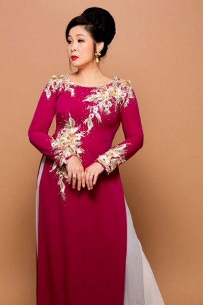 thuê áo dài cưới cho mẹ 4 Thuê áo dài cưới cho mẹ cô dâu chú rể đẹp và sang trọng
