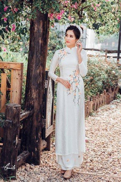 Thuê áo dài cưới ở đâu đẹp nhất Hà Nội Thuê áo dài cưới ở đâu đẹp nhất Hà Nội? Giá thuê là bao nhiêu? Trang chủ