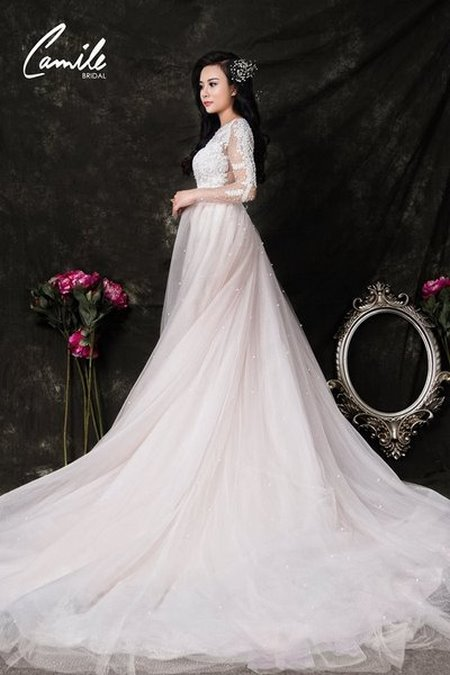 thuê váy cưới bao nhiêu tiền 12 Giải đáp thắc mắc Thuê váy cưới bao nhiêu tiền tại Hà Nội?