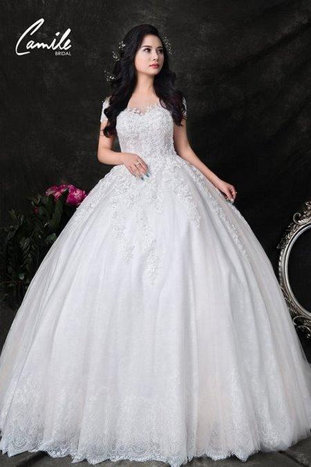 thuê váy cưới bao nhiêu tiền 13 Giải đáp thắc mắc Thuê váy cưới bao nhiêu tiền tại Hà Nội?