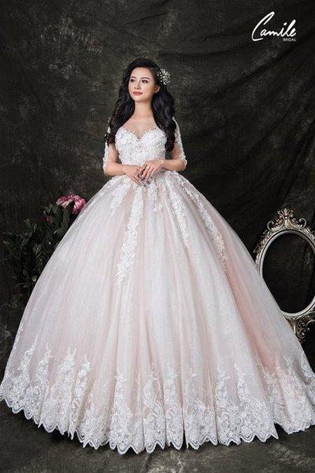 thuê váy cưới bao nhiêu tiền 14 Giải đáp thắc mắc Thuê váy cưới bao nhiêu tiền tại Hà Nội?