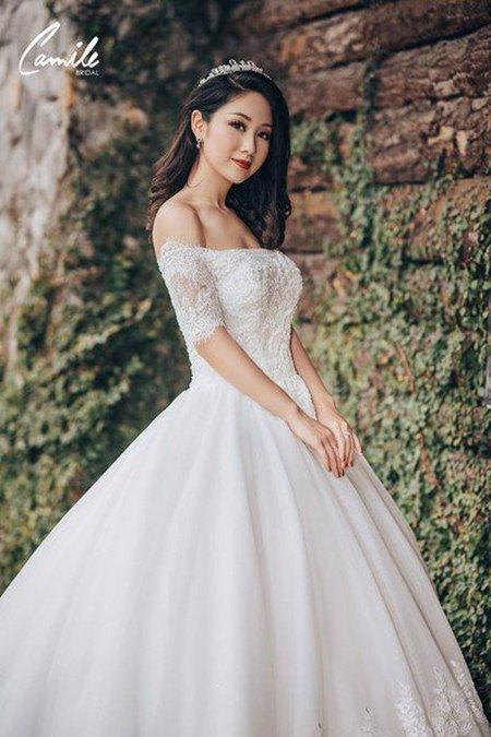 thuê váy cưới bao nhiêu tiền 3 Giải đáp thắc mắc Thuê váy cưới bao nhiêu tiền tại Hà Nội?