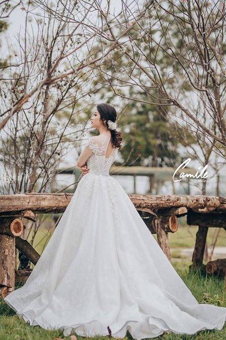 thuê váy cưới bao nhiêu tiền 6 Giải đáp thắc mắc Thuê váy cưới bao nhiêu tiền tại Hà Nội?