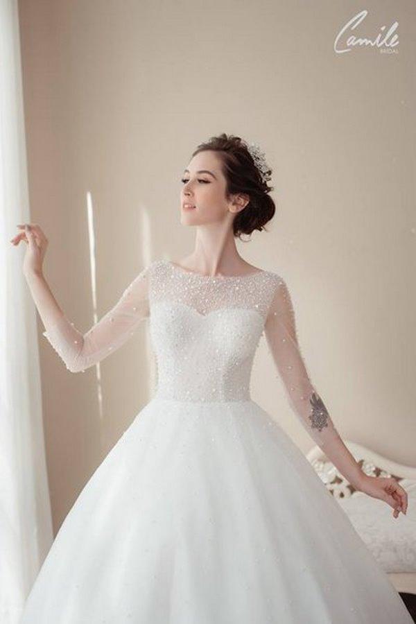 váy cưới cao cấp 2 Sang trọng và đẳng cấp với mẫu thiết kế áo cưới Cinderella's Pearl Wedding Dress