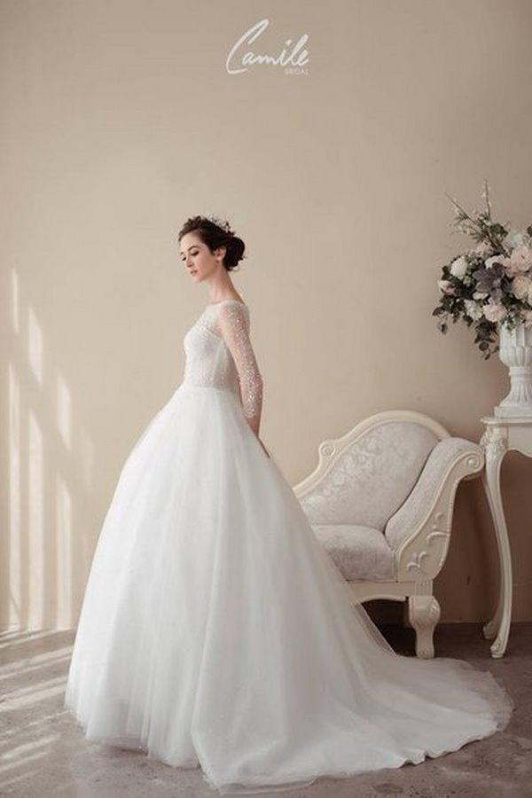 váy cưới cao cấp 5 Sang trọng và đẳng cấp với mẫu thiết kế áo cưới Cinderella's Pearl Wedding Dress