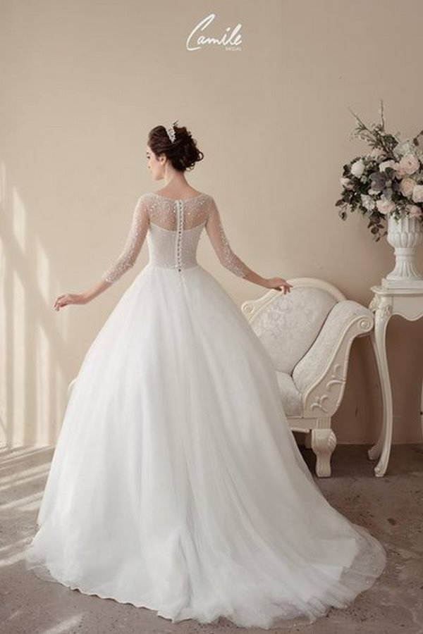 váy cưới cao cấp 6 Sang trọng và đẳng cấp với mẫu thiết kế áo cưới Cinderella's Pearl Wedding Dress