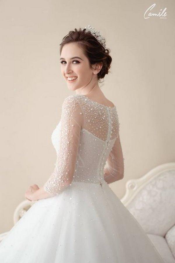 váy cưới cao cấp 7 Sang trọng và đẳng cấp với mẫu thiết kế áo cưới Cinderella's Pearl Wedding Dress