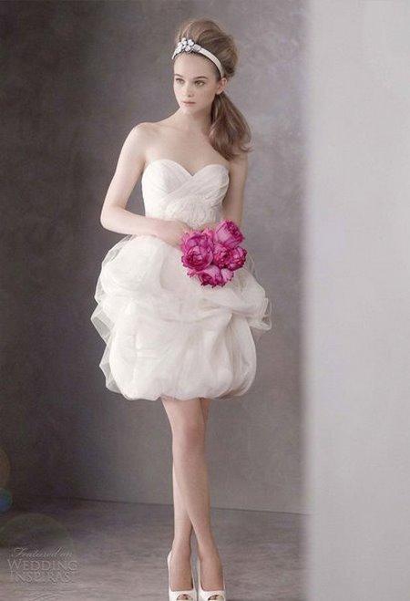 thuê váy cưới đẹp 1 Tuyệt chiêu chọn thuê váy cưới đẹp cho cô dâu lùn
