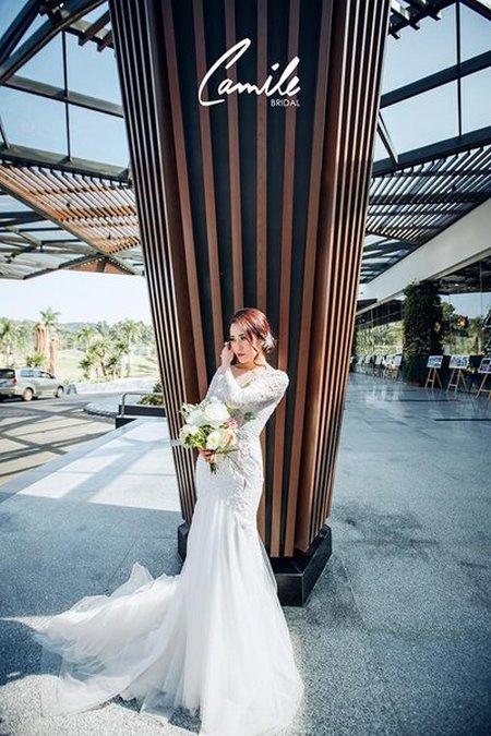 thuê váy cưới đẹp 10 Tuyệt chiêu chọn thuê váy cưới đẹp cho cô dâu lùn