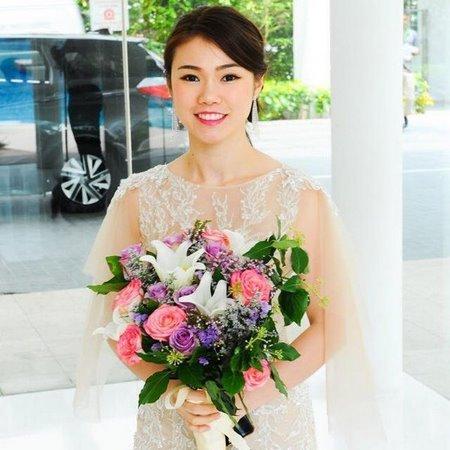 thuê váy cưới đẹp 18 Tuyệt chiêu chọn thuê váy cưới đẹp cho cô dâu lùn