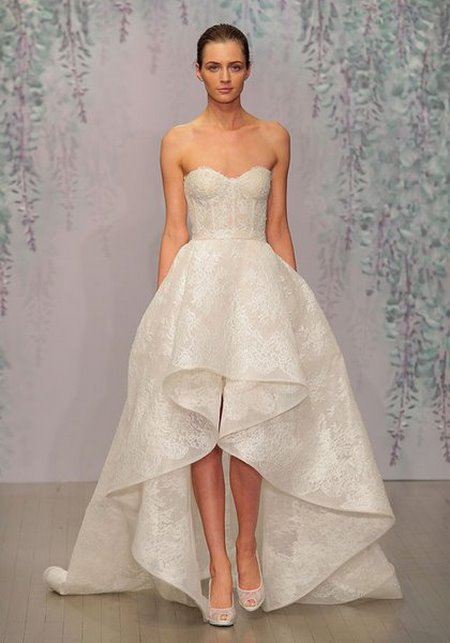 thuê váy cưới đẹp 4 Tuyệt chiêu chọn thuê váy cưới đẹp cho cô dâu lùn