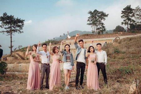 thuê váy phụ dâu 4 Cho thuê váy phụ dâu đẹp, giá rẻ nhất tại Hà Nội