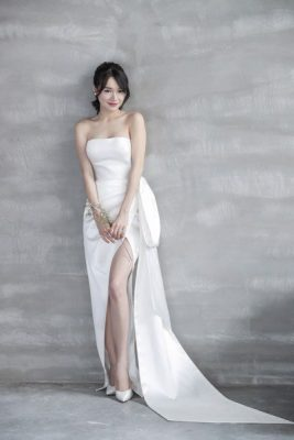 váy cưới Minimalist 4 8 Lý do khiến các cô dâu không thể không chọn váy cưới Minimalist
