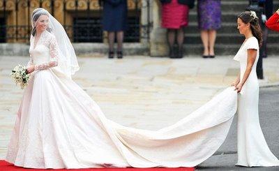 váy cưới Minimalist 5 8 Lý do khiến các cô dâu không thể không chọn váy cưới Minimalist
