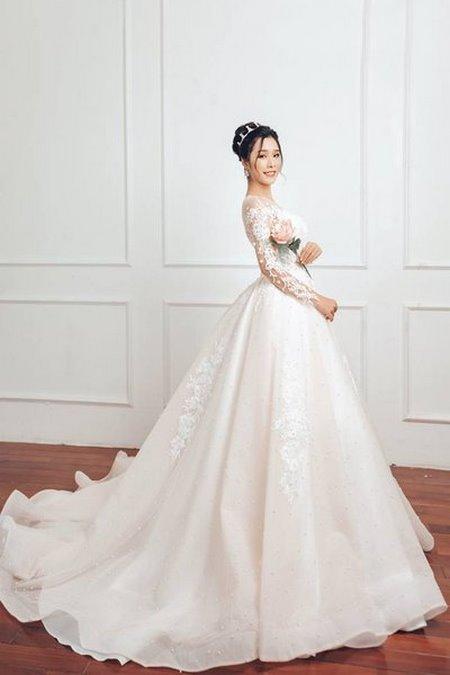 """váy cưới cao cấp 12 Ngất ngây với BST váy cưới ngọt ngào tháng 9 """"The Winter Crystal 2019"""""""