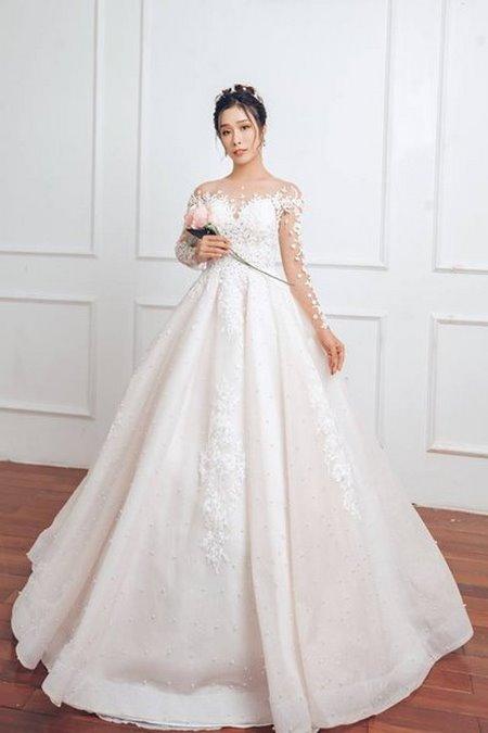 """váy cưới cao cấp 13 Ngất ngây với BST váy cưới ngọt ngào tháng 9 """"The Winter Crystal 2019"""""""