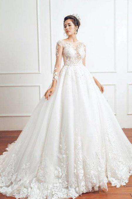 """váy cưới cao cấp 3 Ngất ngây với BST váy cưới ngọt ngào tháng 9 """"The Winter Crystal 2019"""""""