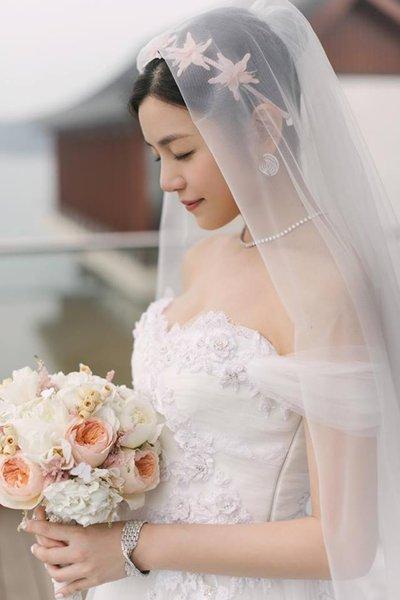 thiết kế váy cưới đẹp 10 Những mẫu váy cưới đẹp nhất của các sao Hoa ngữ