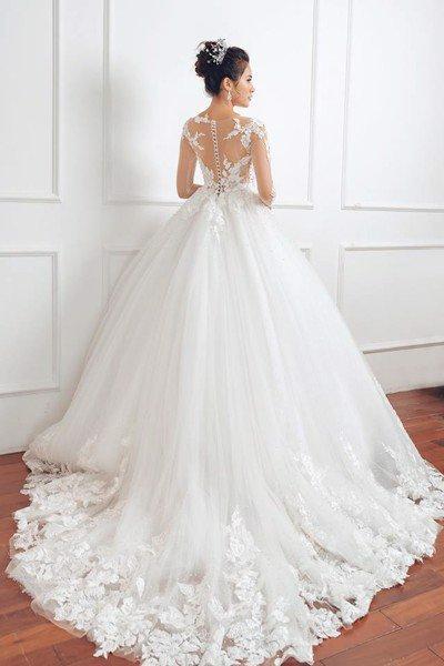 Thuê váy cưới màu trắng 12 Khi thuê váy cưới, tại sao nhất định phải chọn màu trắng?