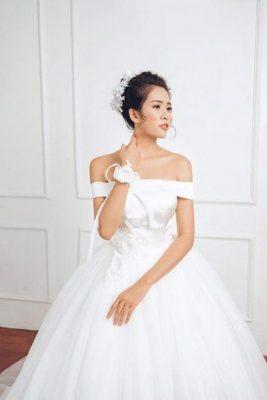 váy cưới vai ngang 5 Mê mẩn BST váy cưới vai ngang giúp cô dâu che khuyết điểm bắp tay to