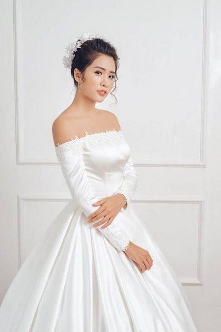 váy cưới vai ngang 7 Mê mẩn BST váy cưới vai ngang giúp cô dâu che khuyết điểm bắp tay to