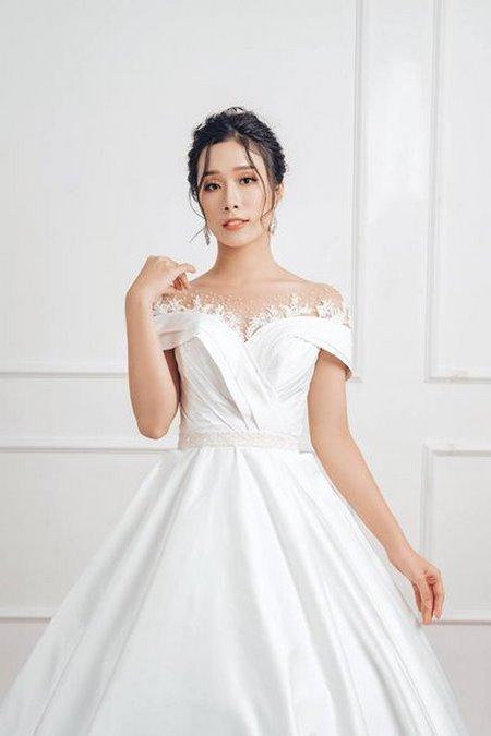váy cưới vai ngang 9 Mê mẩn BST váy cưới vai ngang giúp cô dâu che khuyết điểm bắp tay to